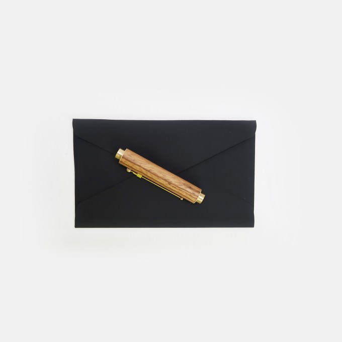 ey-product-wooden-link-pen-with-brass-ebony-smal-letter