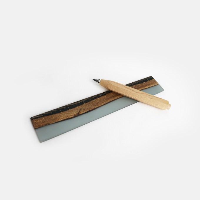 wooden-mechanical-pencils-ruler