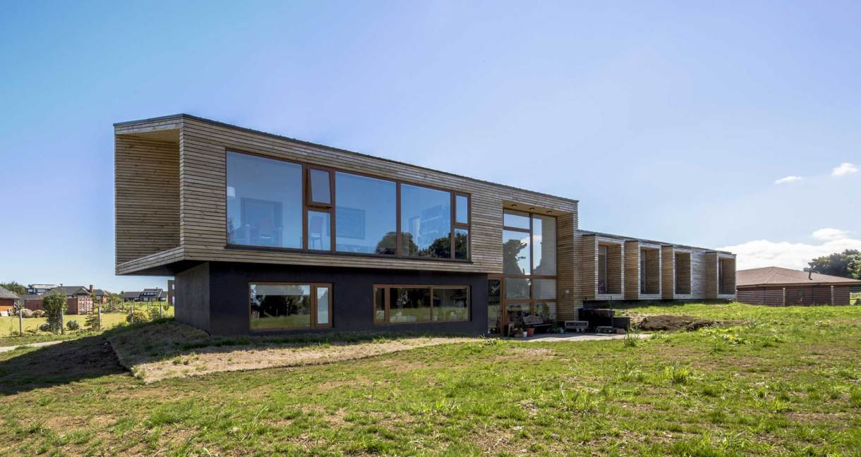 House-Versín-Folsch-wooden-building-back