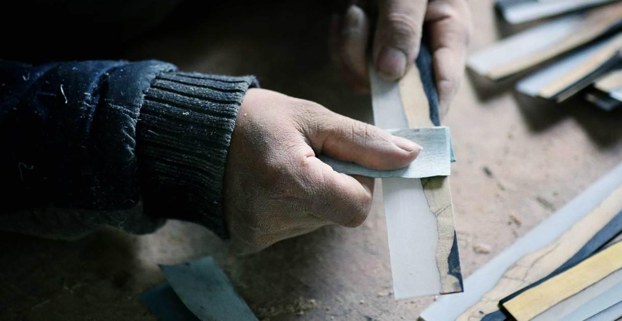 The-Ink-and-Wash-series-ebony-wood-polishing