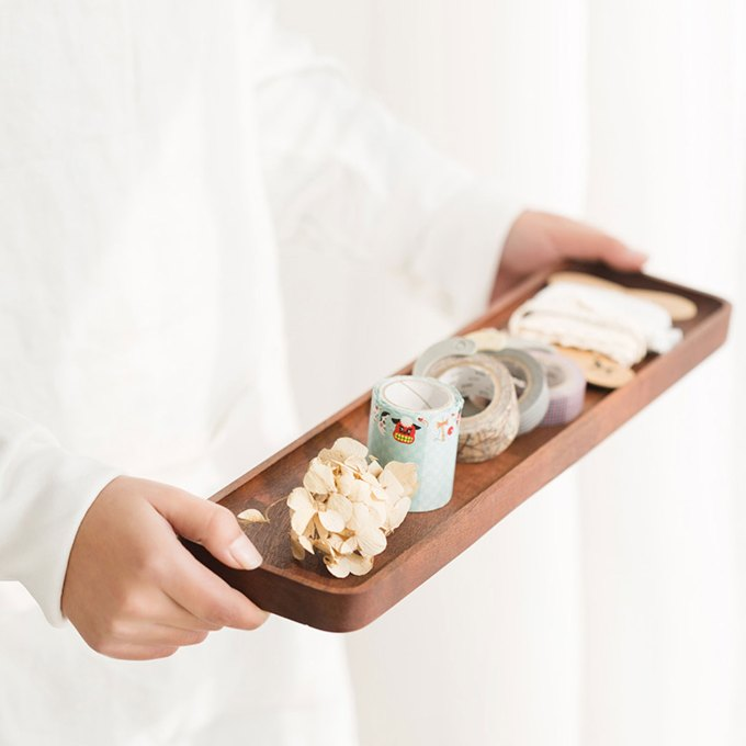 Long-wooden-tray-for-everyday-use