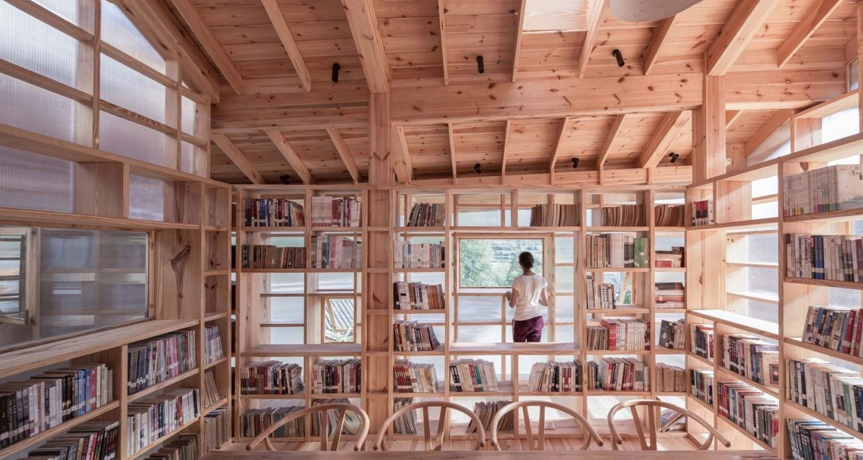 Mountain-house-in-Mist-books