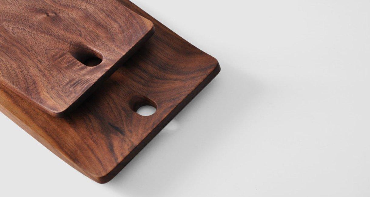 walnut-cutting-board-with-design