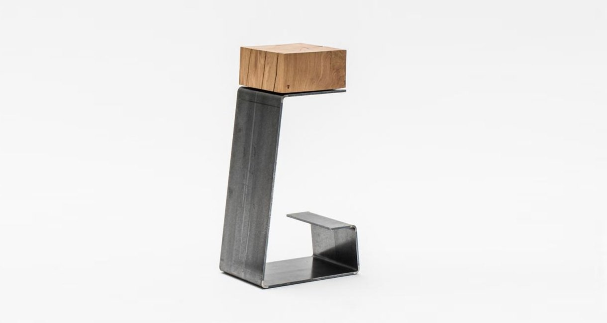 200-year-old-oak-furniture-7