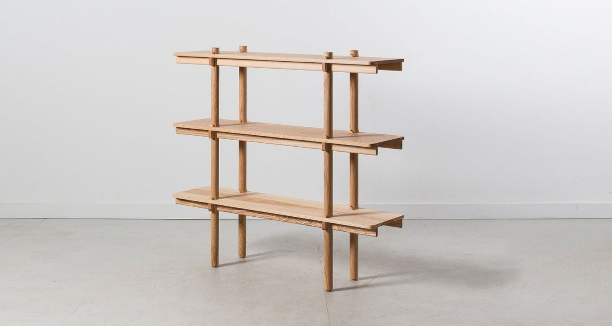 Wedge-Shelf-Joinery-without-hardware-three-levels