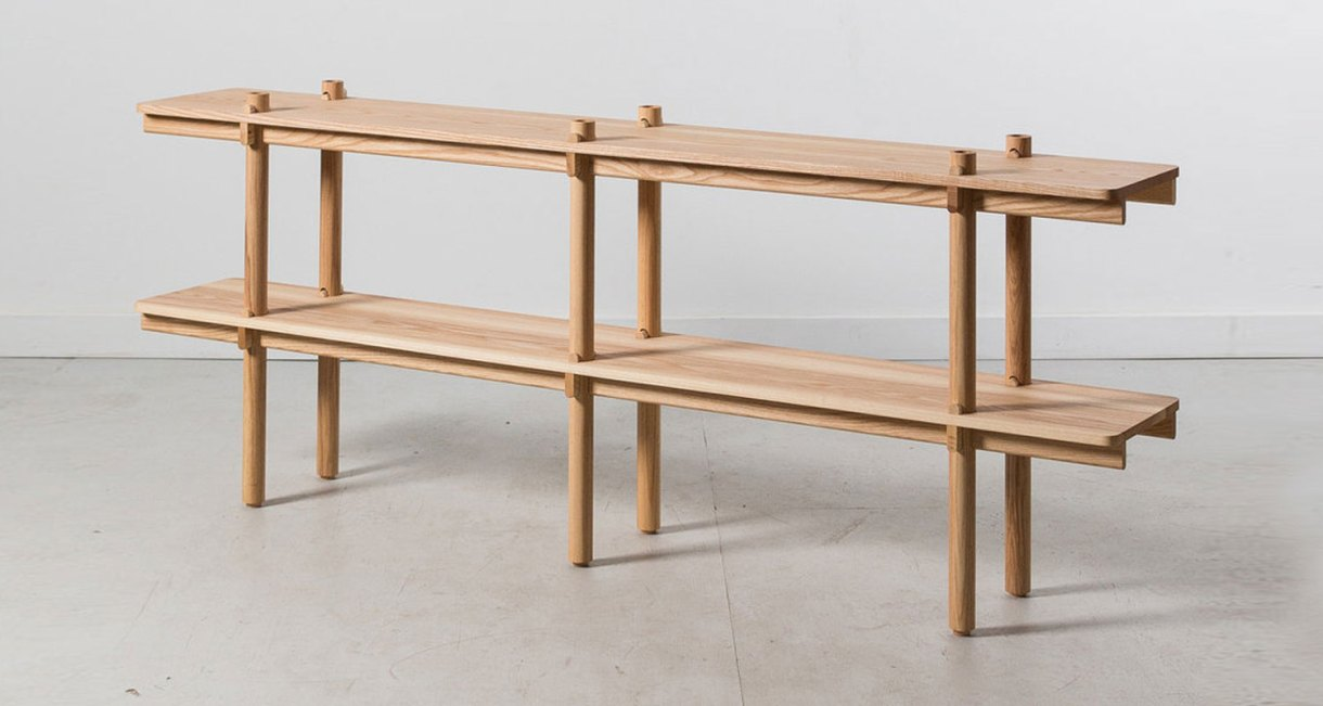 Wedge-Shelf-Joinery-without-hardware-two-level