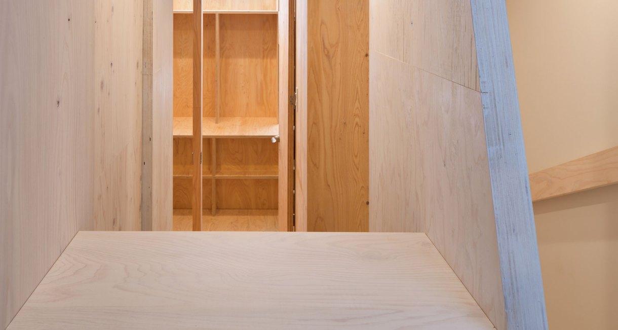 YMT-House-japanses-samll-living-space-10