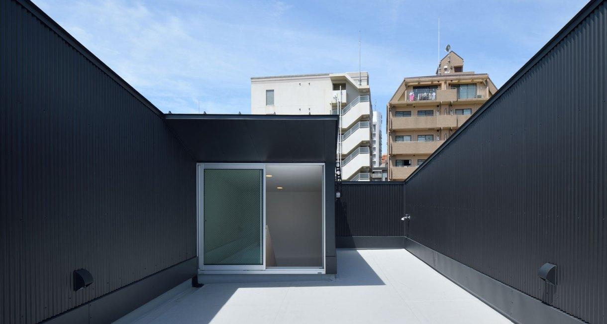 YMT-House-japanses-samll-living-space-2