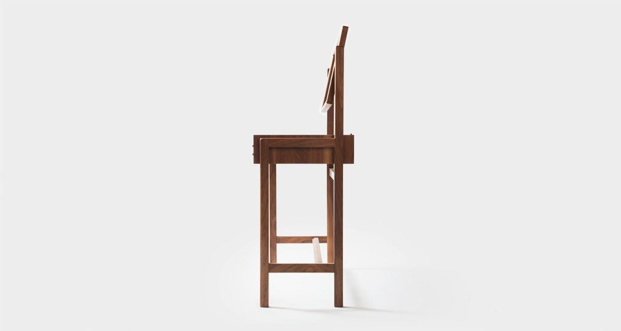 ST-12-Wood-Dresser-GHGM-good-hand-good-mind-5