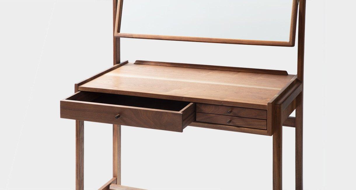 ST-12-Wood-Dresser-GHGM-good-hand-good-mind-8