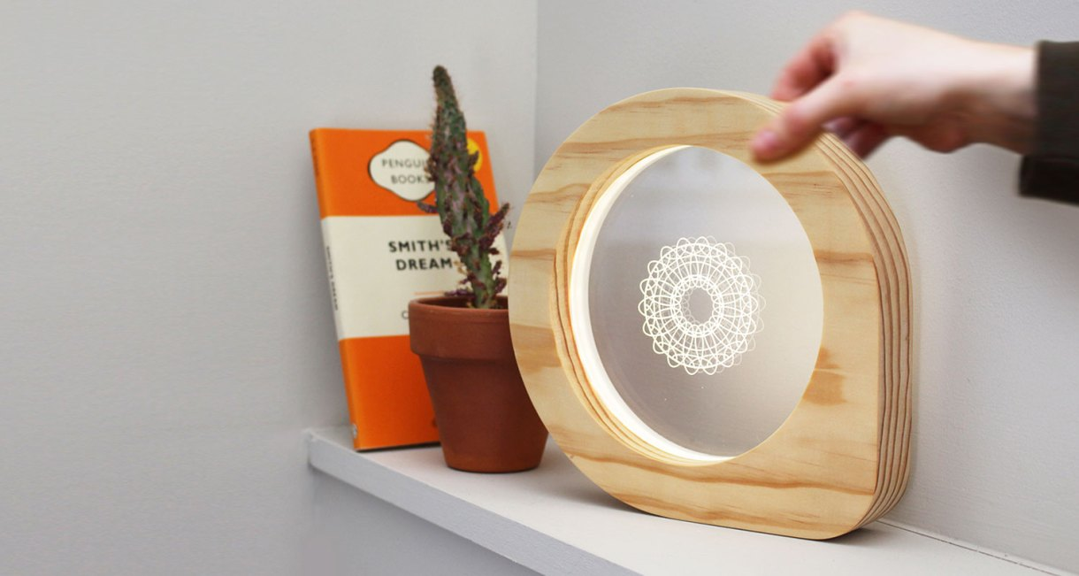 The-Eye-See-Lamp-decorative-ambient-lighting-4