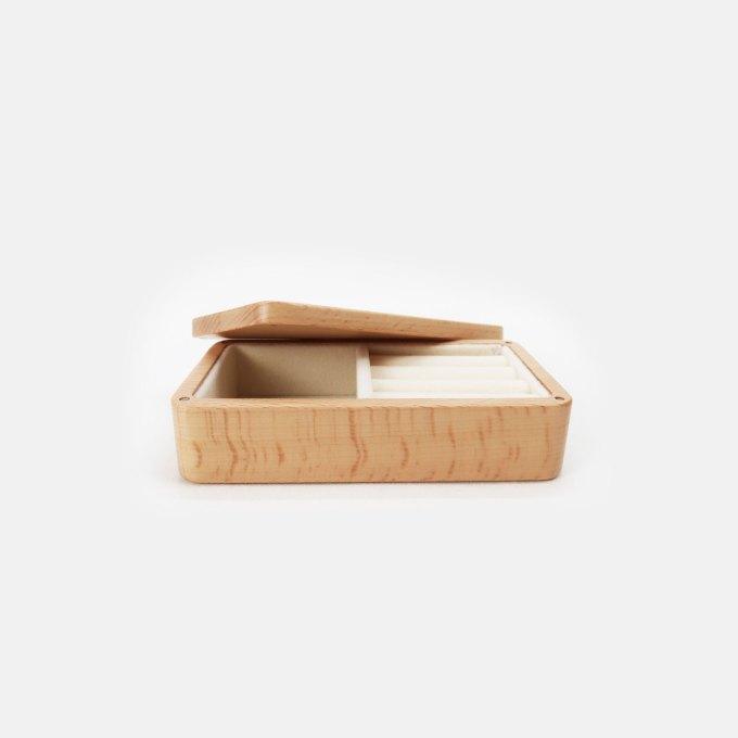 wood-travel-jewelry-box-maple