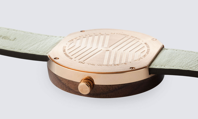 Danish-Wooden-Watch-rosegold-NAUTIC-55°-NORTH-4