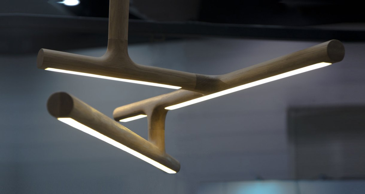The-Antler-light-Gerard-Pinto-oak-ed-5