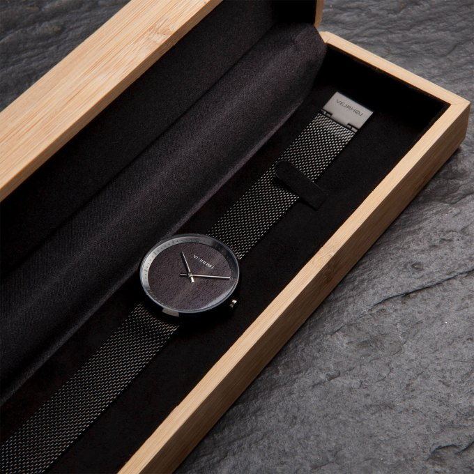 gunmetal-stainless-walnut-wood-wooden-watch-2