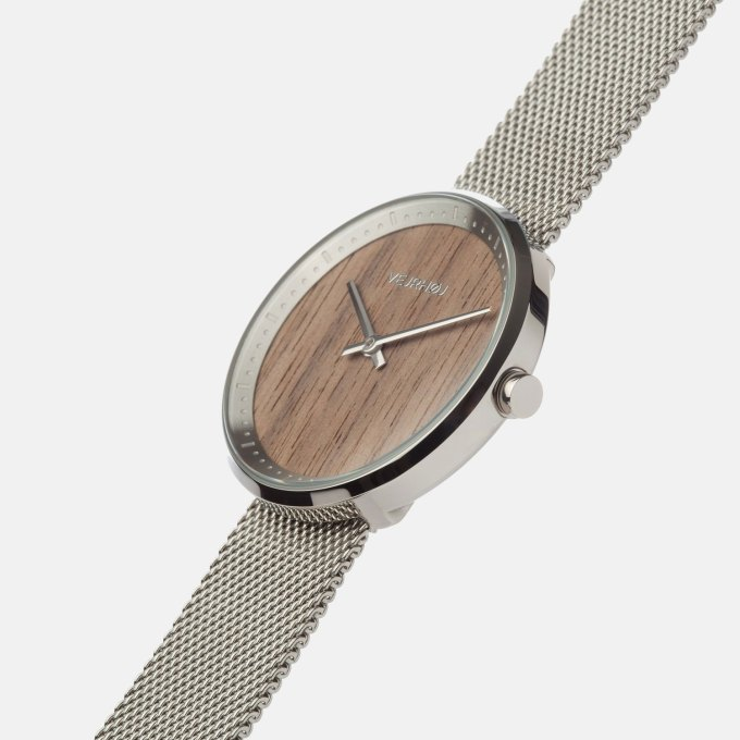 wooden-watch-walnut-wood-stainless-steel-polished-finish-1