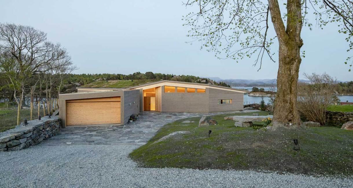 Helen-Hard-Reilstad-Summerhouse-ash-wood-9