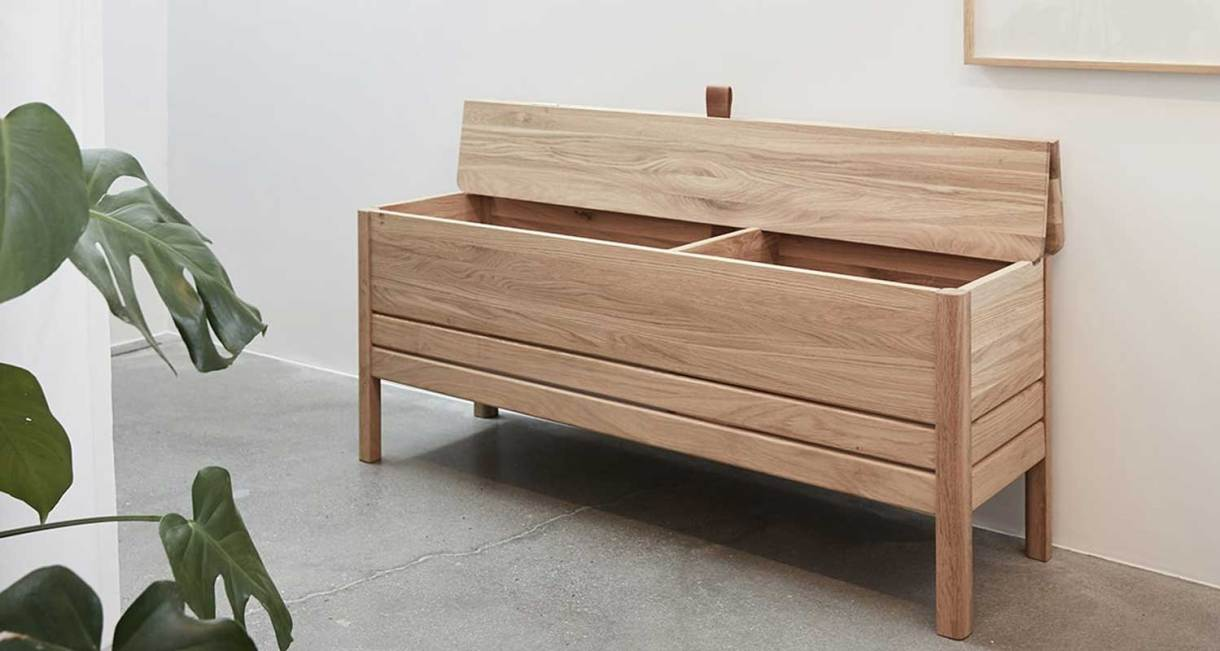 Storage-Bench-oak-wood-1
