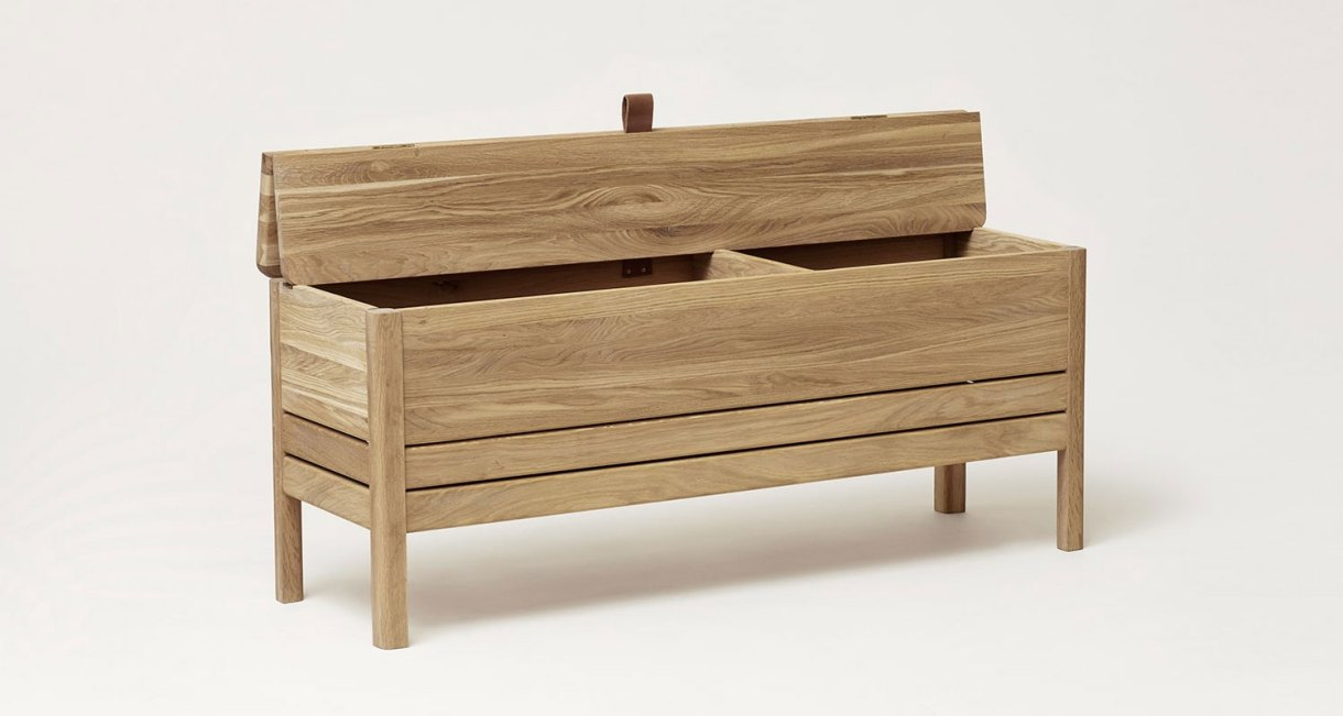 Storage-Bench-oak-wood-4