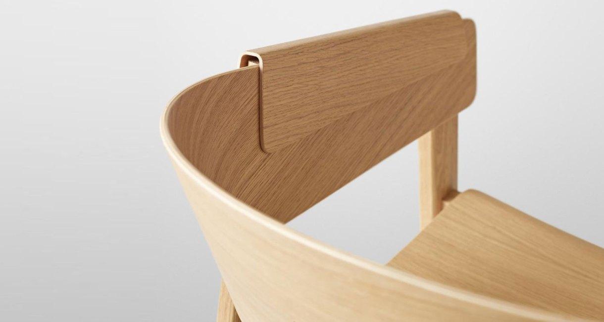 Thomas-Bentzen-Cover-Chair-Muuto-wooden-armchair-4
