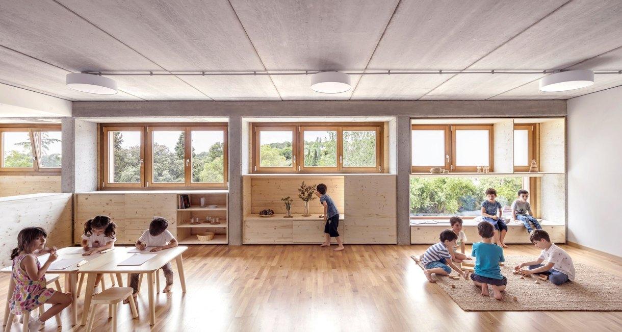 Waldorf-Steiner-El-Til·ler-School-wood-structure-5