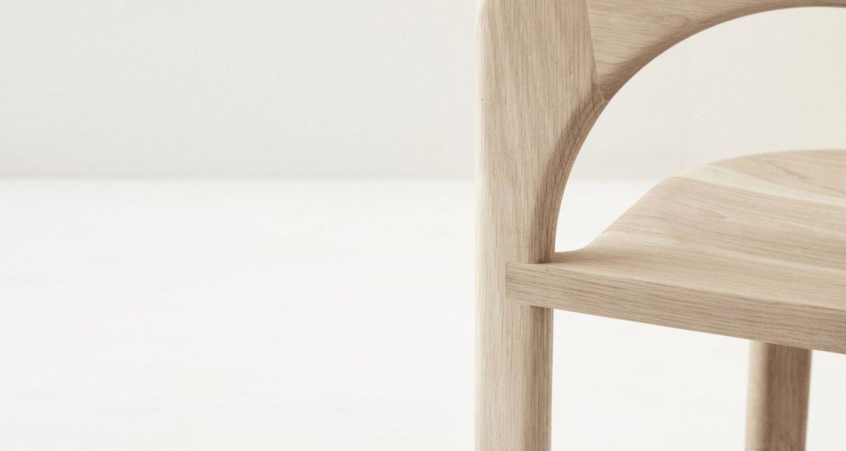 Odie-Chair-Fomu-natural-American-Oak-5