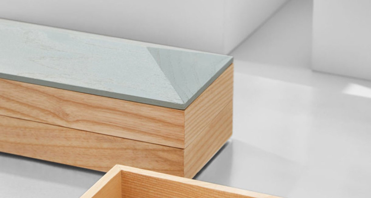 Wooden-Accessory-container-1