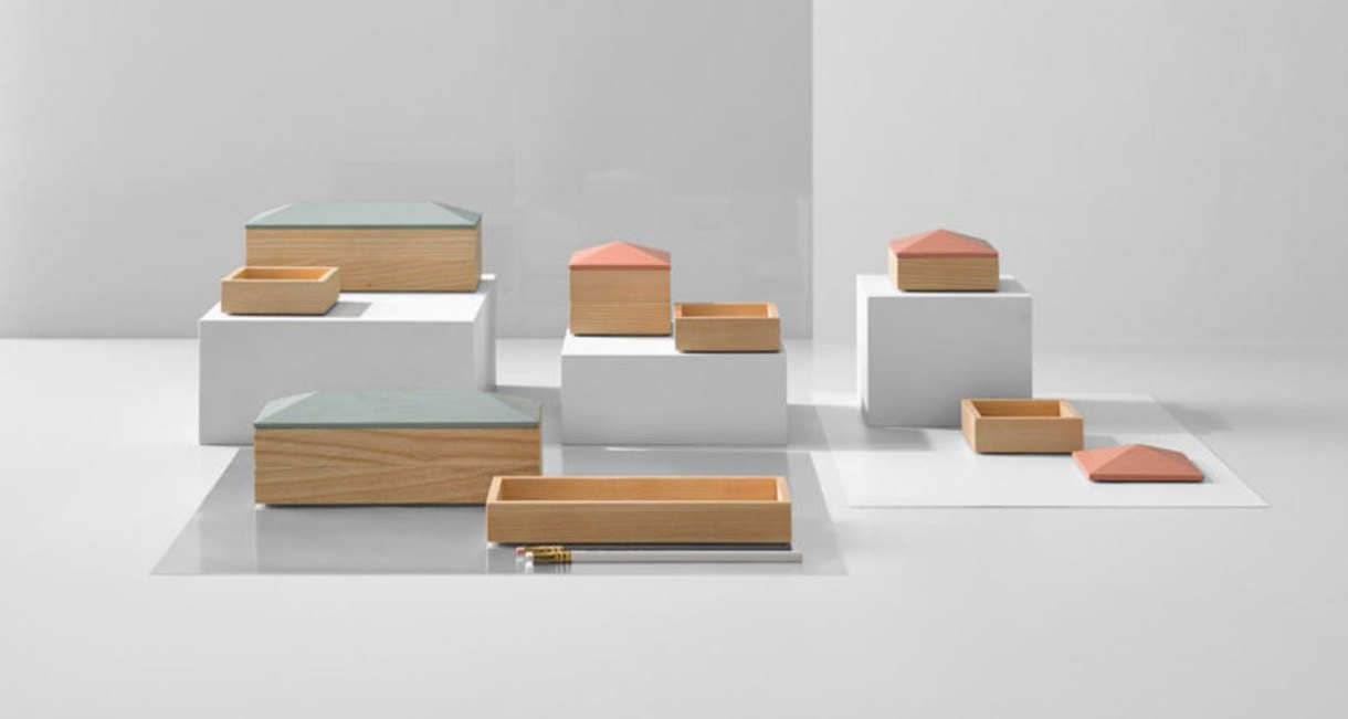 Wooden-Accessory-container-5