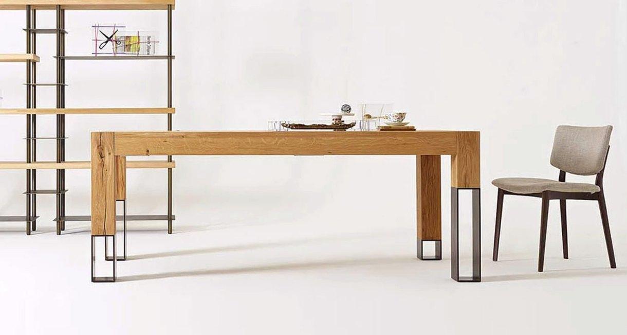 Acqua-Alta-dining-table-4