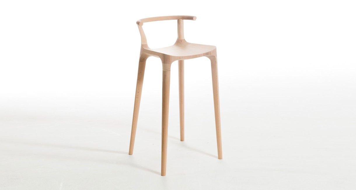 Elka-Stool-beautiful-horn-stool-1