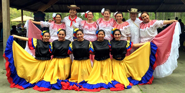 Traje Cumbia Tradicional Colombia Garabato Muyska