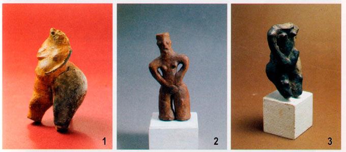 Женски фигури од керамика: Велушка Тумба, Породин (1); Тумба, Породин (2,3).