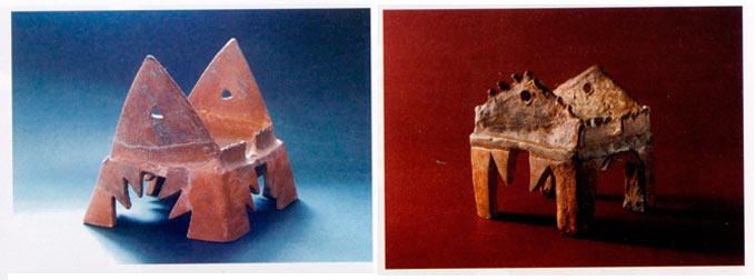 Жртвеници во облик на куќната внатрешност (без покрив), поставени на карактеристични назабени ноѕе; Велушка Тумба, Породин