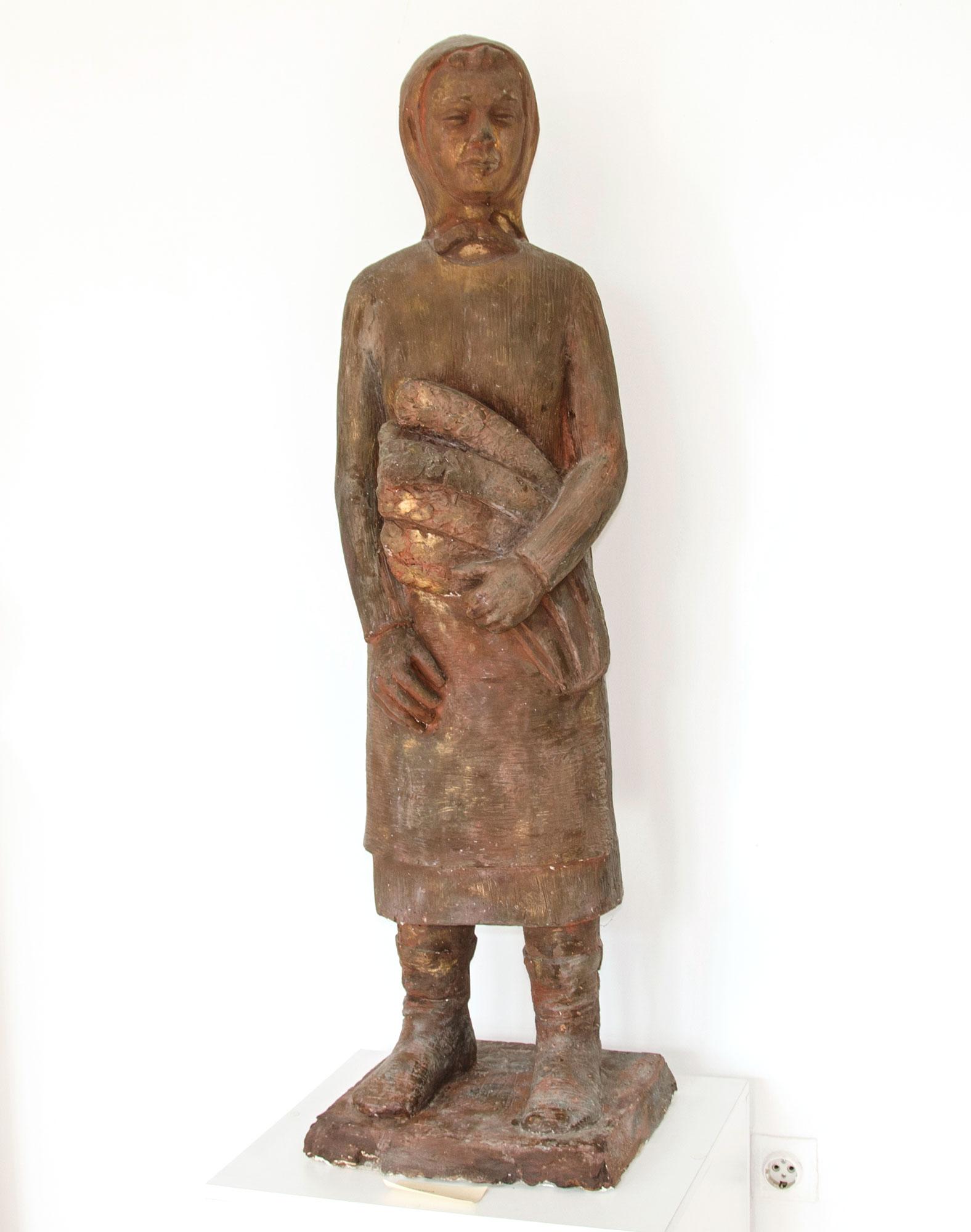 "Уметничка скулптура – ""Жетварче"", автор Сотир Димовски, 1977 година"