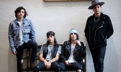 Get To Know Hot Upcoming Band FORTS LIKE VANA