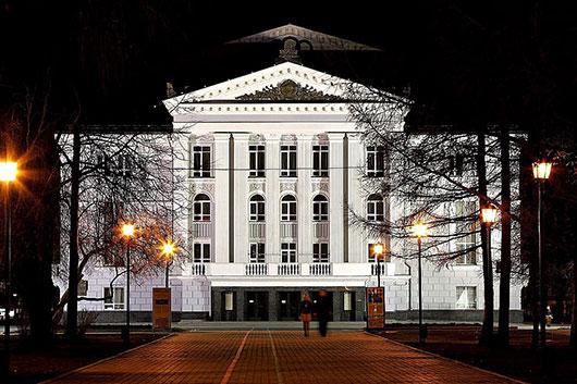 Сезон 2015/2016 в Пермском оперном: новое «Лебединое озеро», ночные концерты, «Арабеск» и Дягилевский фестиваль