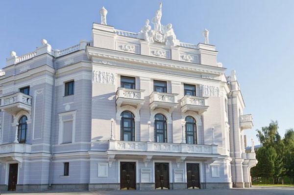 5 мая в Екатеринбурге прозвучат 13-я симфония Д. Шостаковича и «Русский реквием» А. Чайковского