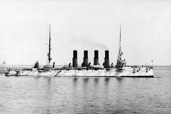 Никто не «умер под волнами»: крейсер «Варяг» и русский национальный характер
