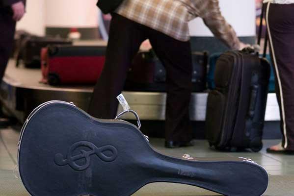 Минкультуры предлагает освободить гастролирующих музыкантов от госпошлины при вывозе струнных инструментов
