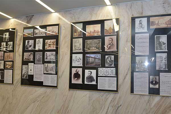 В посольстве Беларуси в России открылась выставка к 200-летию Станислава Монюшко