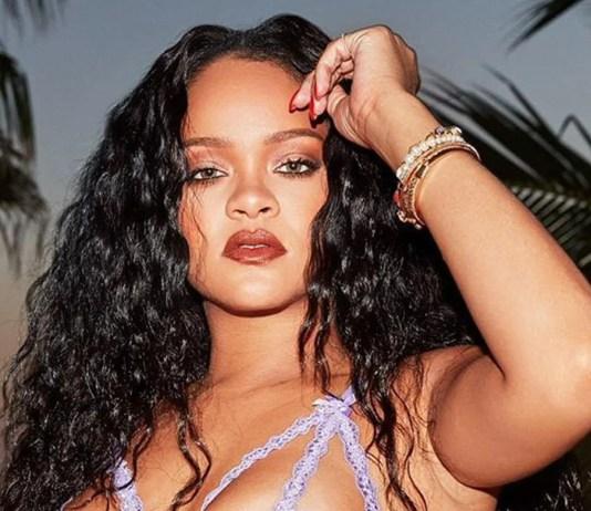 Rihanna w lawendowej