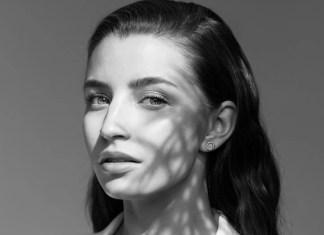 Julia Wieniawa wraca do muzyki. Nowy przejmujący teledysk zaskakuje