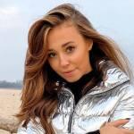 Izabella Krzan wypoczywa nad polskim morzem