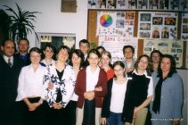 Rzeszów, 2004 rok - Dyplomanci z nauczycielami.