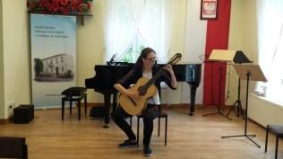 Koncert końcoworoczny uczniów NSM I i II stopnia w Leżajsku_10