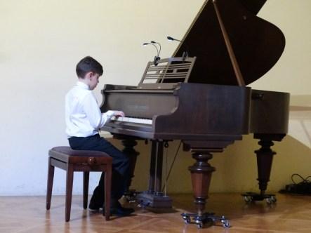 VI Przegląd Szkół Muzycznych (24-04-2016)_105