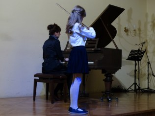 VI Przegląd Szkół Muzycznych (24-04-2016)_149
