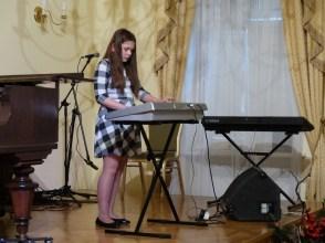 VI Przegląd Szkół Muzycznych (24-04-2016)_225