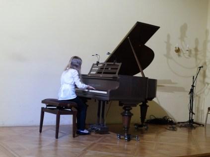 VI Przegląd Szkół Muzycznych (24-04-2016)_266