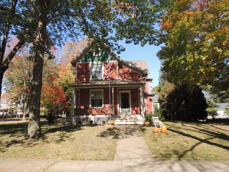 Photo of house at 625 6th Street NW